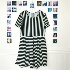 LuLaRoe Amelia Pocket Stripe Dress Babydoll